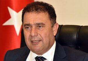 Ersan Saner çekildi, UBP'lileri komploculara, entrikacılara karşı tavır koymaya davet etti