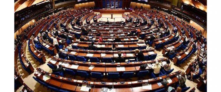 Kıbrıs'ın güneyi AB'den baskı istiyor