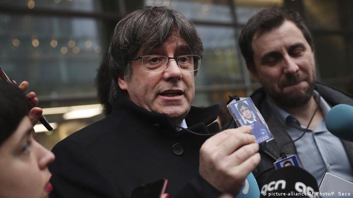 Katalan siyasetçi gözaltına alındı