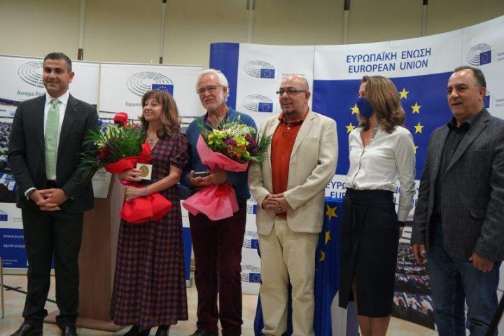 Yaşamlarını barışa adadılar: Avrupa Vatandaşlığı iki yurtsevere verildi