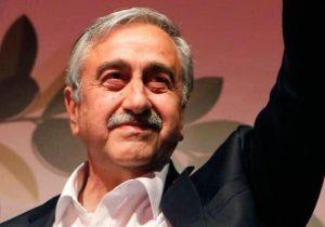 """""""Türkiye'de tek adam rejimi ekonomik ve siyasal anlamda hızla ülkeyi yıkıma doğru sürüklüyor"""""""